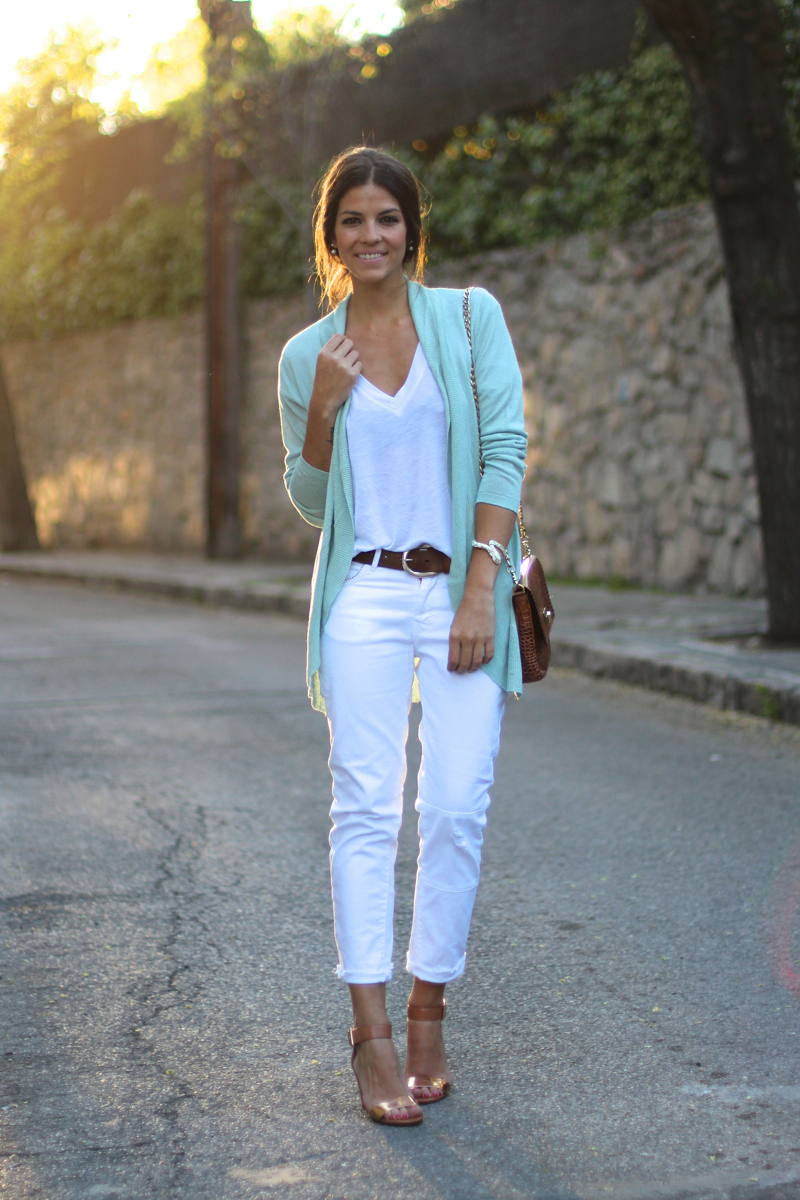 Street style april 2014 just the design for Jeans and shirt women
