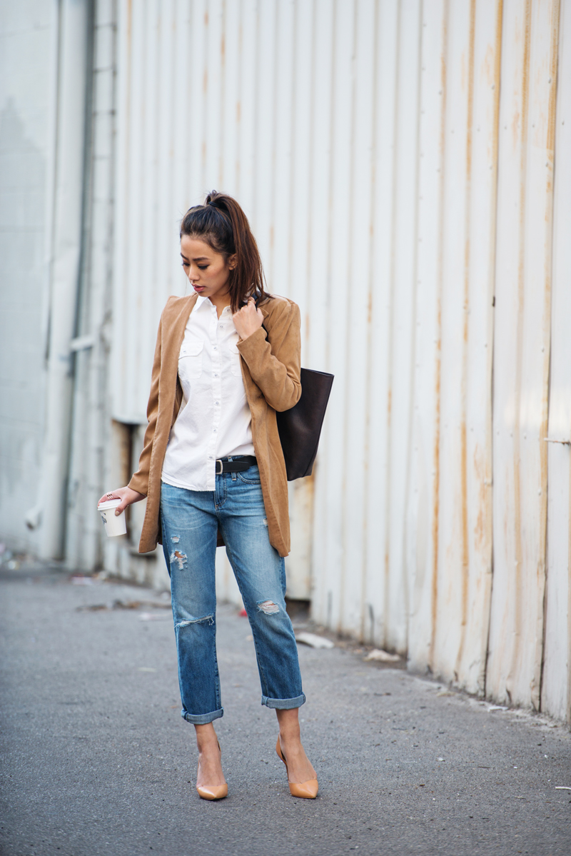 Neon Blush Wearing AG Shirt And Distressed Boyfriend Jeans, Cardigan From Forever 21, And Tote From Everlane, Zara Pumps