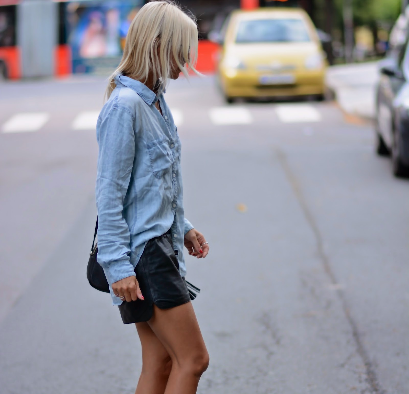 Celine Aagaard is wearing a chambray shirt from Rails and shorts from H&M
