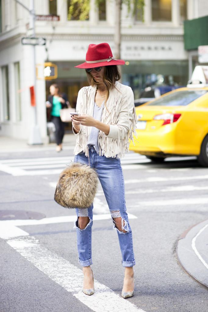 Ripped Jeans Trend: How to Wear Ripped Jeans forecasting