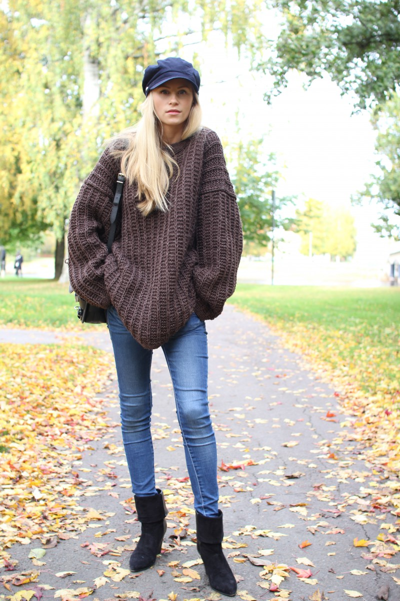 The Oversized Sweater, An Autumn Style Staple - Just The Design