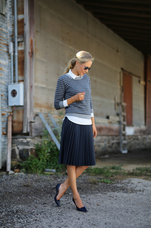 How To Wear The Houndstooth Pattern This Autumn Just The