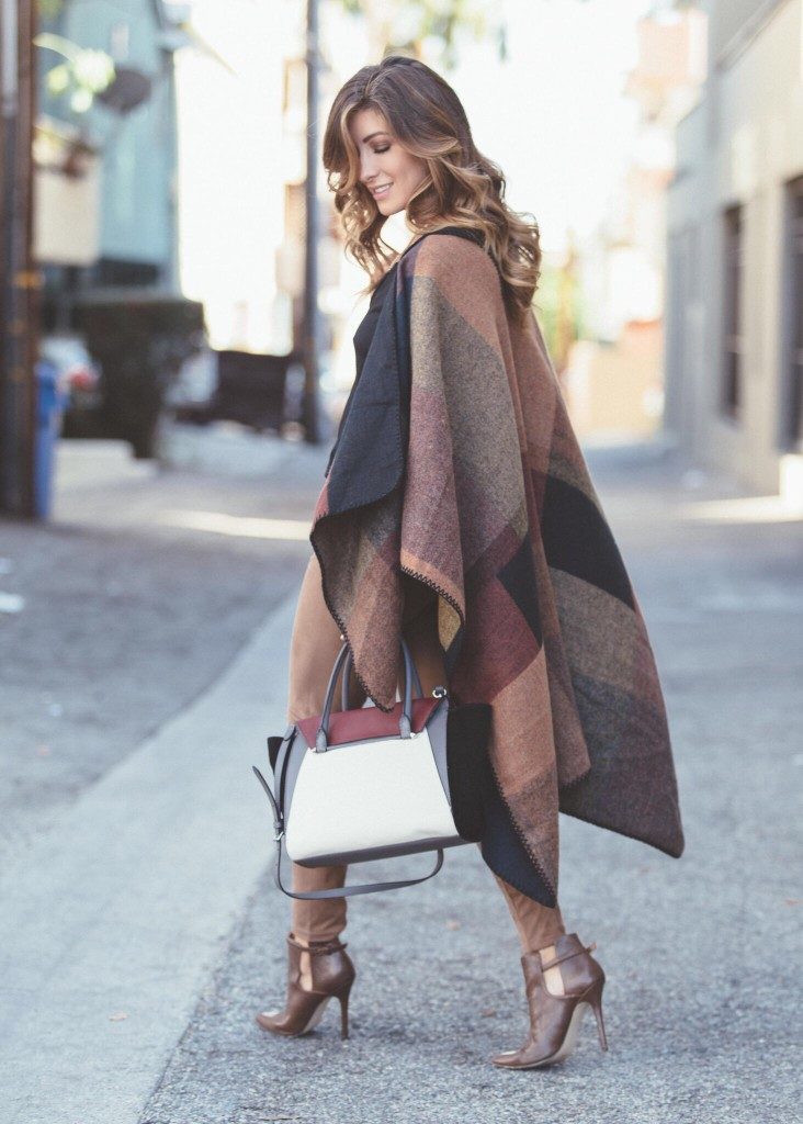 20787d7fcd0b0 Blanket Coat Trend  We Round Up The Best In Ponchos And Blanket ...