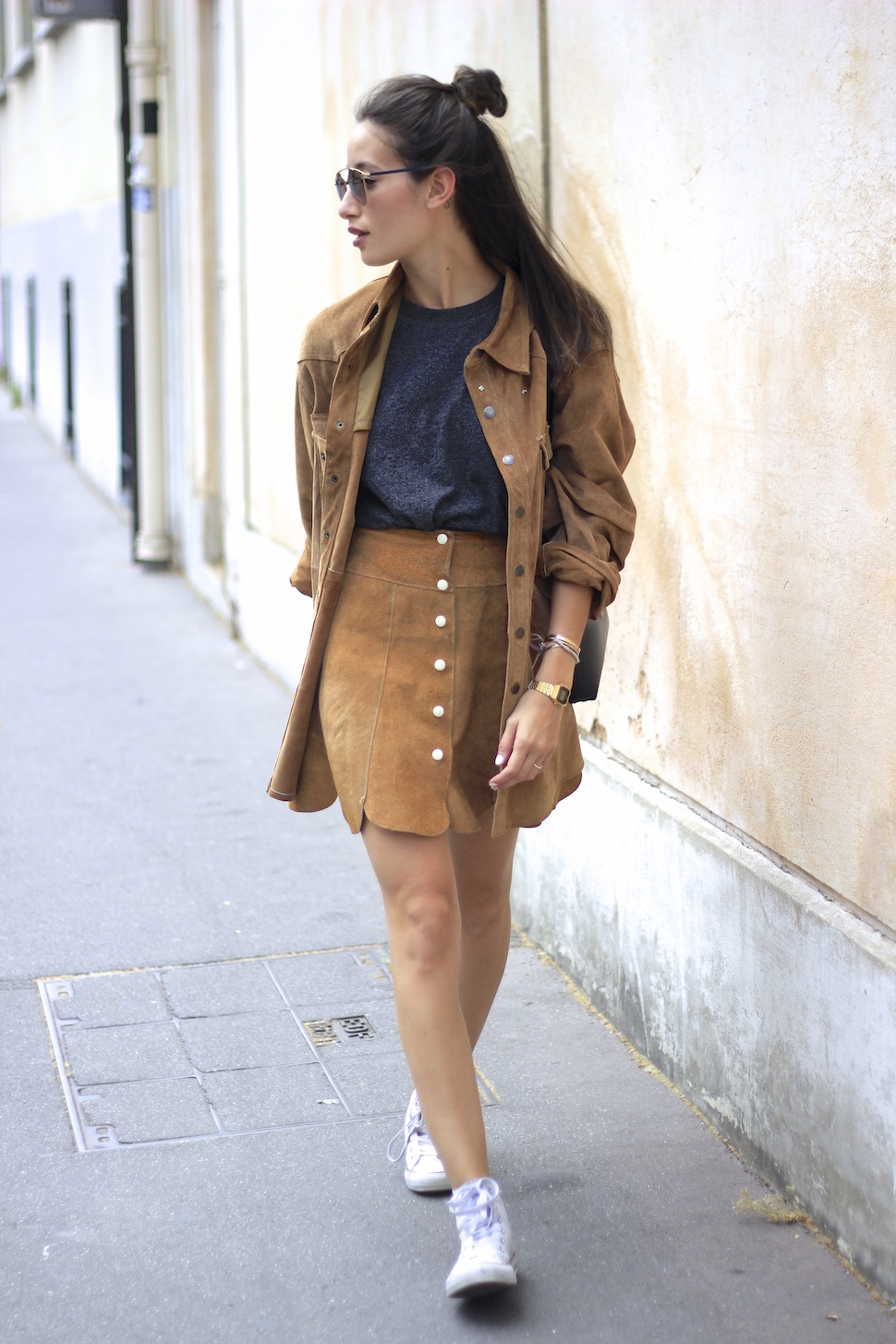 Brown Suede Skirt Outfit