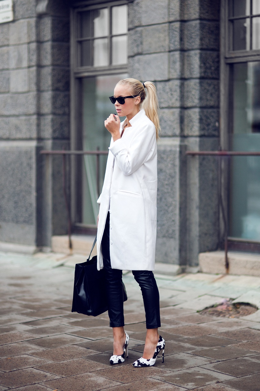 Black And White Outfits: Victoria Tornegren is wearing black and white shoes from Jennie-Ellen, black leather trousers from Choies, white coat from Issue 1.3 and the black bag is from Zara