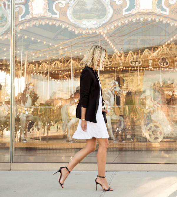 Effortlessly chic. Black blazer and shoes and a white shift dress. Via Jacey Duprie Dress: ATM Monte Carlo, Blazer: Helmut Lang, Sandals: Manolo Blahnik