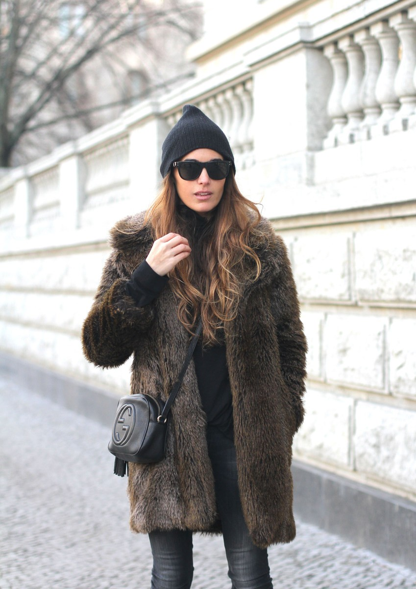 Street Style: Stella Wants To Die is wearing a vintage fluffy coat
