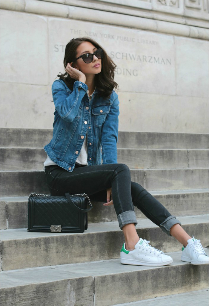 quality design d8dbe 0ade7 Felicia Akerstrom is wearing a blue denim jacket and black jeans from Zara,  (the
