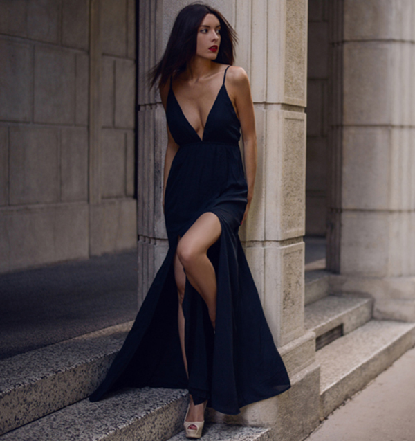 The high slit gives this otherwise plain dress an air of elegance. Via Carolina Krews Dress: Missguided, Shoes: Guess