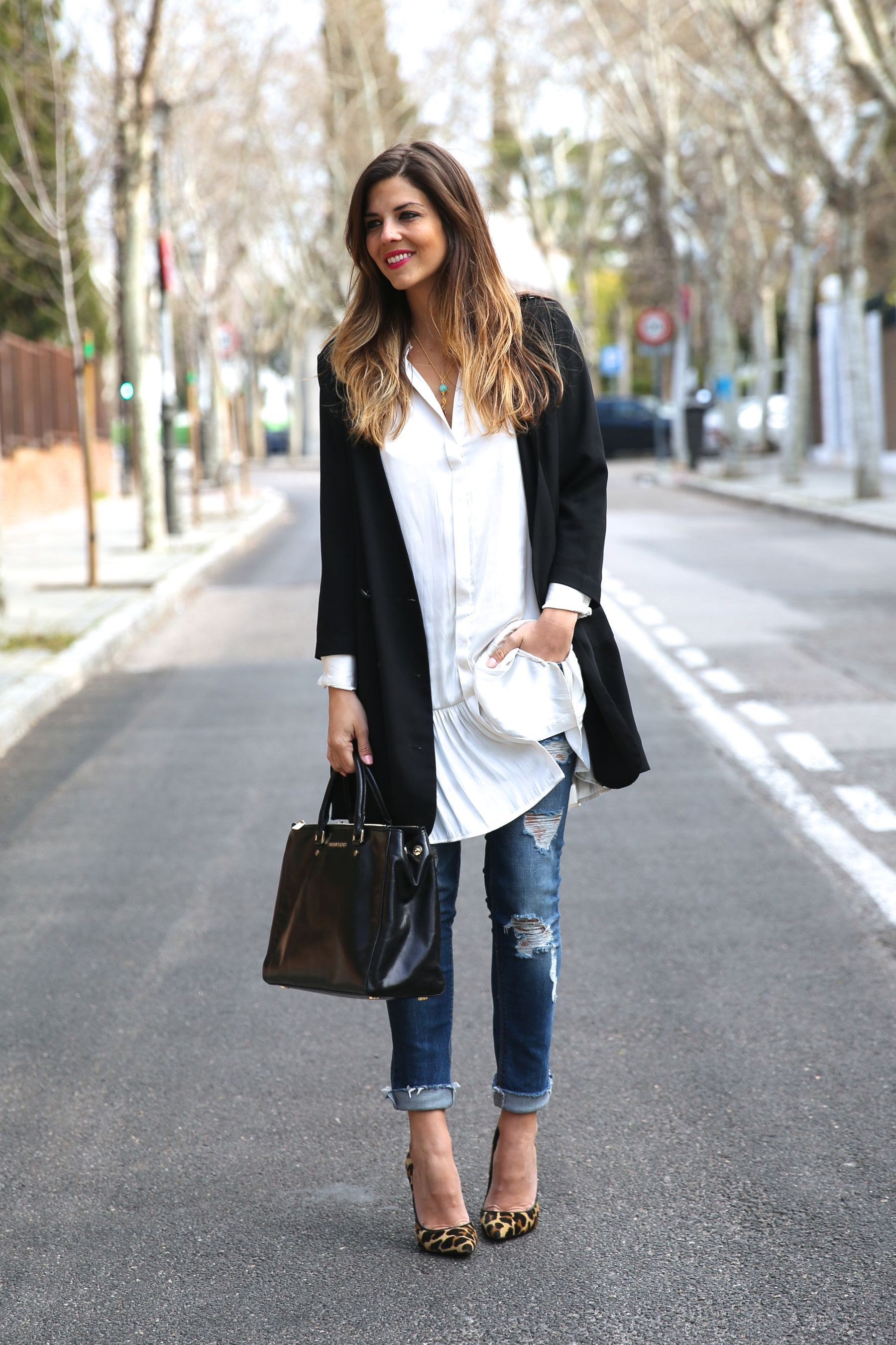 What Can You Wear With A Black Blouse 23