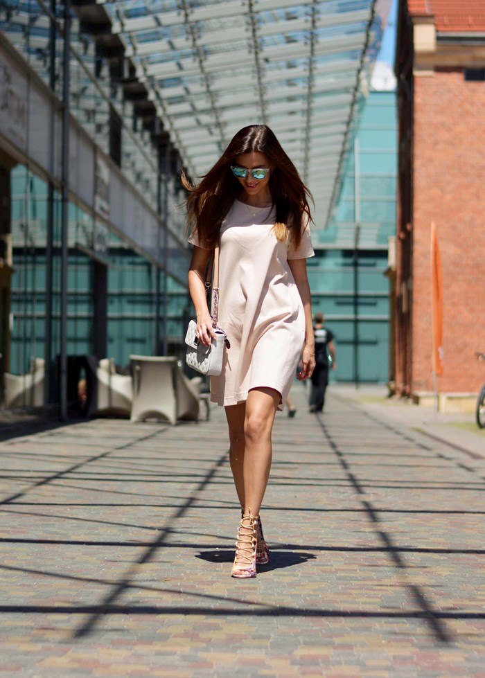 4213edf82a6 The Blush Pink Trend That Will Change Your Wardrobe - Outfits And ...