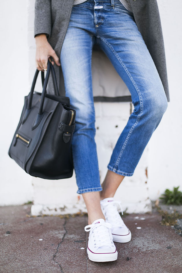 Street Style, April 2015: Could I have that? is wearing a pair of light denim Close skinny jeans with white low Converse sneakers