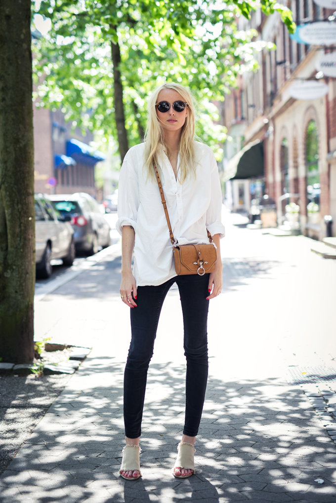 0ba0a98a011 Skinny Jeans 1 · Ellen Claesson is looking stunning in black skinnies, a  white shirt ...