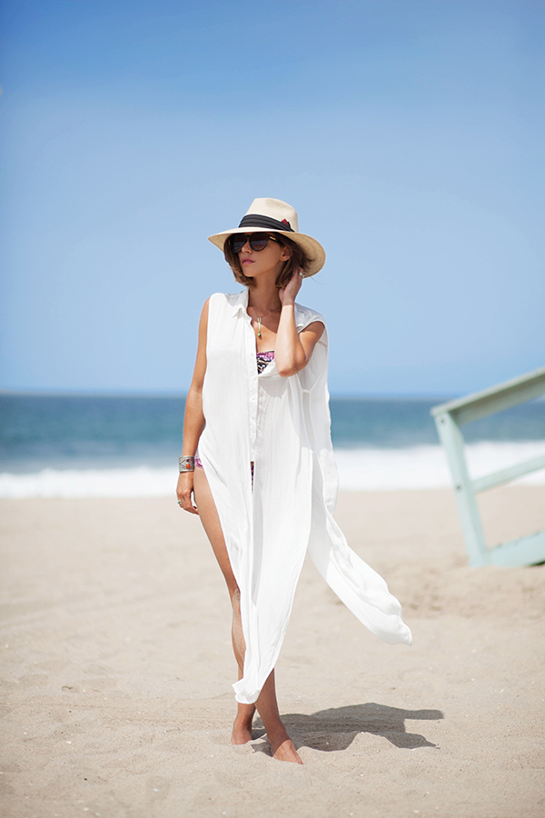 f87b60b7f67 17. beach. This long white shirt is one of the cutest coverup ideas to wear  over a bright bikini!