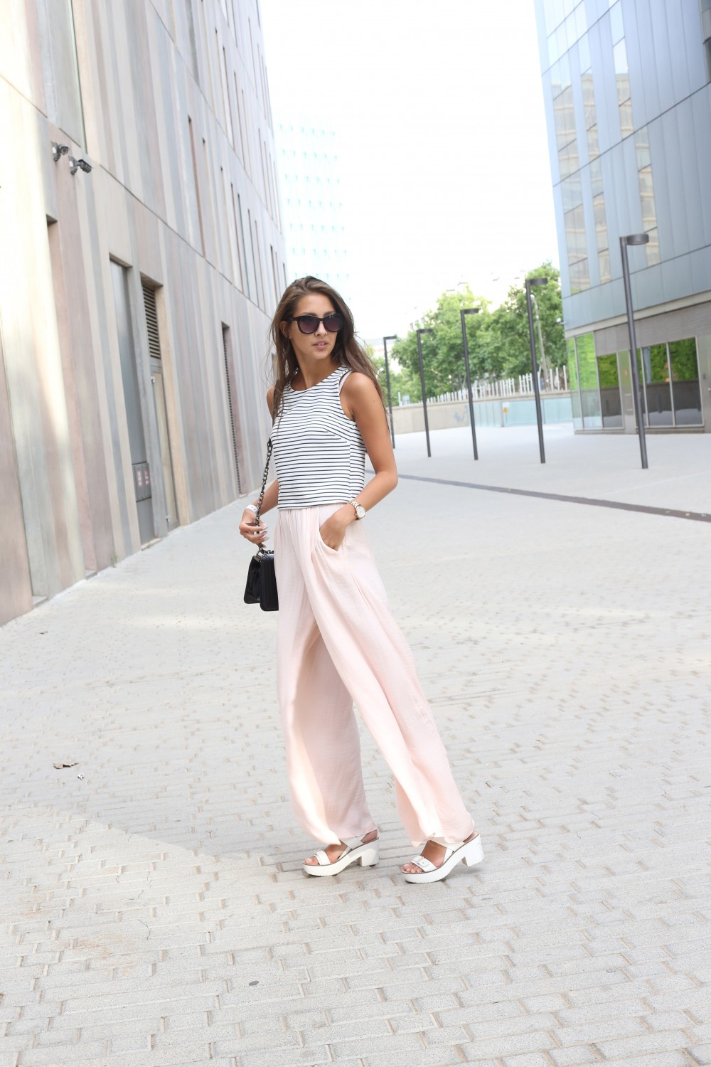 852af57ca00 Palazzo Pants  Your Ultimate Guide to Styling and Wearing Them ...