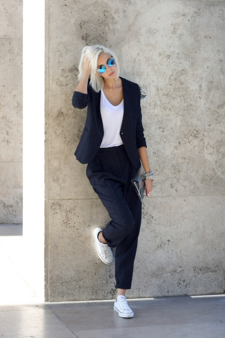 6208adfbf9b1 If you're looking for a smart casual outfit, try this pinstriped suit over  a white tee with matching converse! Via connectedtofashion