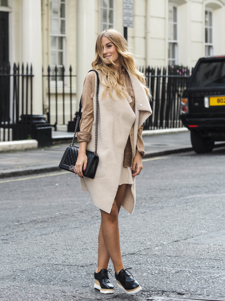 Try a suede shirt and sheepskin jacket this fall. Via Lene Orvik. Brands not specified.