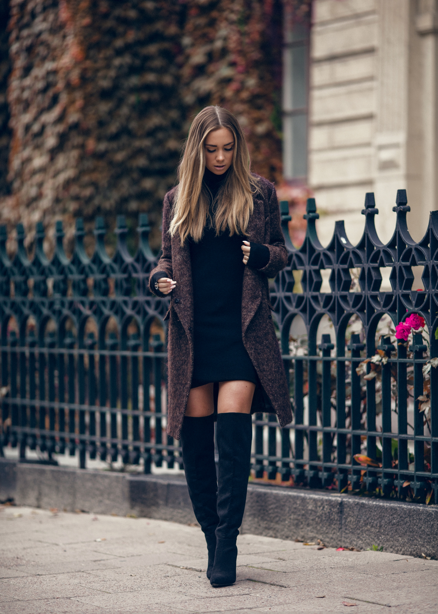 impressive outfits with black knee boots