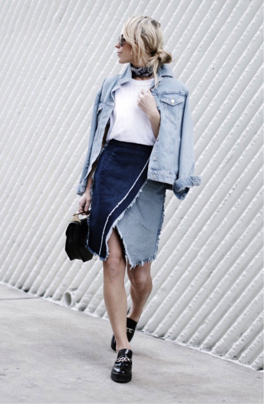 Who ever said double (and in this case triple) denim doesn't work, can certainly be proven wrong by Mary Seng, who is rocking this two-toned denim midi skirt and denim jacket. The frayed-edges of this skirt add another interesting dimension to the look, and styled with the neck scarf and bold brogues, a contemporary take on a retro look is made. We are obsessed with this look! Jacket: Topshop, Skirt: Luisaviaroma, Platforms: Prada