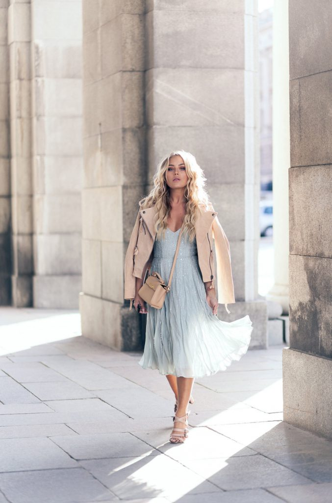 Angelica Blick is absolutely stunning in this intricate baby blue dress, paired with a suede jacket for an elegant finish. We simply love this colour scheme, which makes for the ultimate summer style.   Jacket/Dress: Asos, Bag: Zac Posen, Shoes: Topshop.