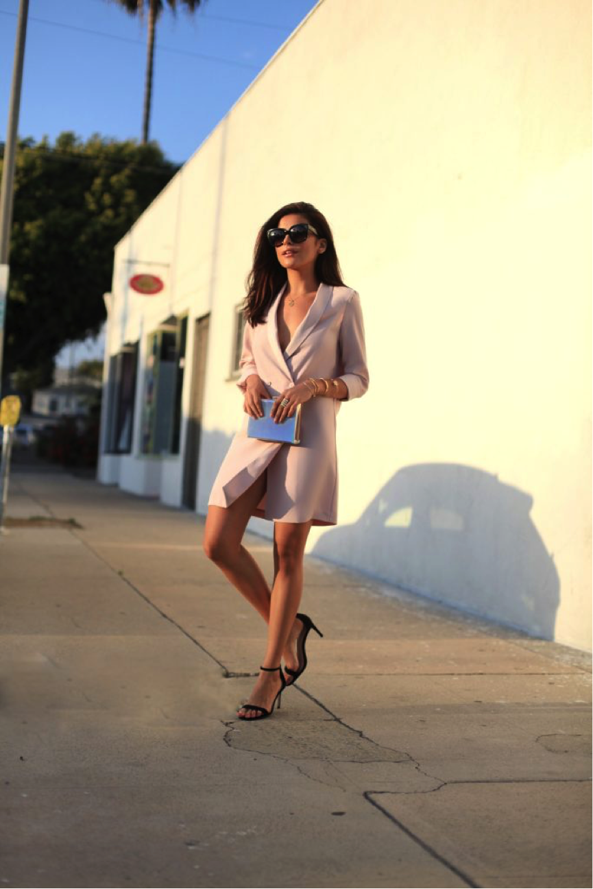 Sazan embodies elegance in this chic pastel blazer dress. Teamed with a stylish clutch and some simple heels, this is the ultimate summer evening look. Dress: Topshop, Heels: Asos, Bag: Just Fab
