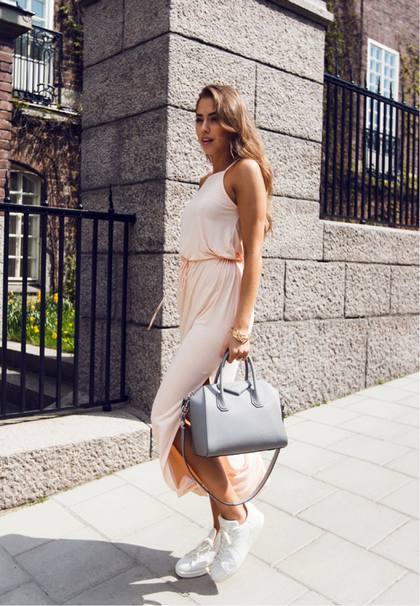 Maxi Dresses are great for the summer months, and we love Kenza Zouiten's apricot dress (so stylish and comfortable!) Pair it with some sneakers and a pastel hand bag for a great chilled look. Dress: ivyrevel, Shoes: Adidas, Bag: Givenchy