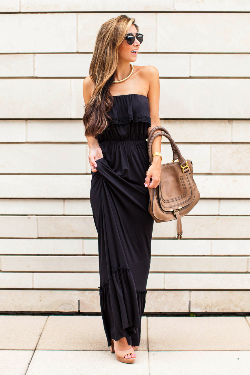 Jessi has a very classic aesthetic in this black summer number. The strapless maxi dress is so flattering, and its versatility makes it superb for any occasion. Wear a bold necklace to jazz up the look. Dress: Nordstrom, Necklace: Sole Society