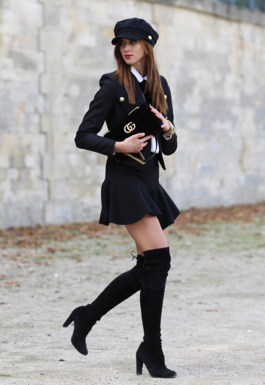 Barbora Ondrackova is bringing back classic schoolgirl chic with a bang! In a pair of gorgeous knee high boots and a mini skirt, Barbora has captured the very essence of fall glamour. Jacket: River Island, Top: H&M, Skirt: Choies, Boots: Stuart Weitzman, Bag: Gucci.