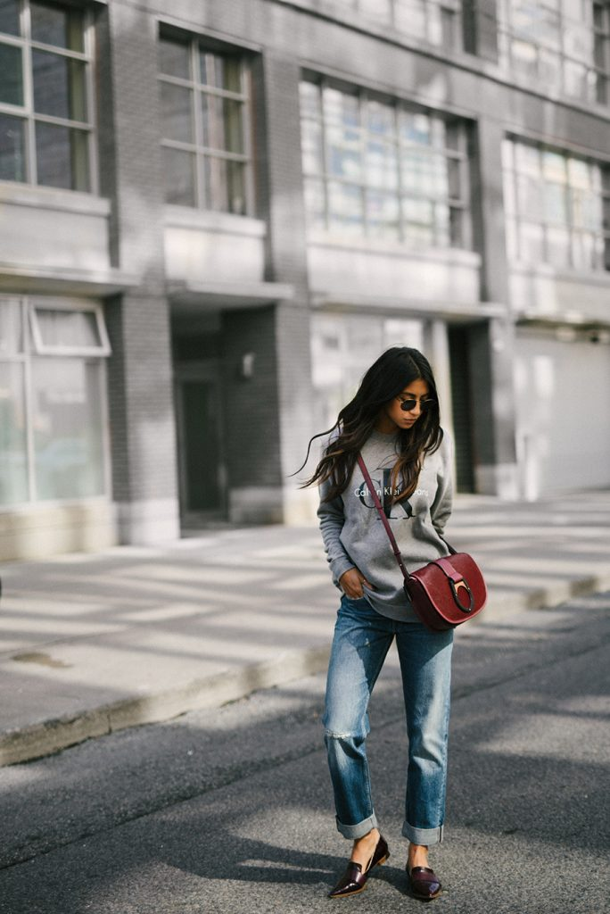Kayla Seah is killing it here, dressed in head to toe Calvin Klein for the perfect comfortable yet stylish fall outfit. Wear a similar style with a cross body bag and loafers to steal Kayla's look. Outfit: Calvin Klein.