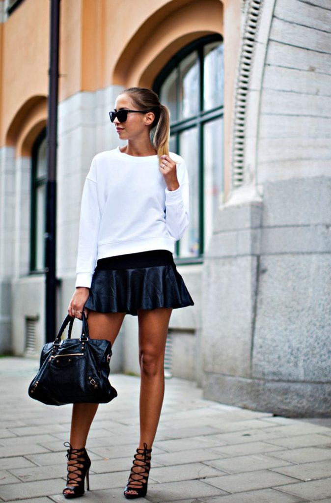 Kenza's Fashion Street style Black Skirt And Lace Up heels from Zara Black Balenciaga Bag