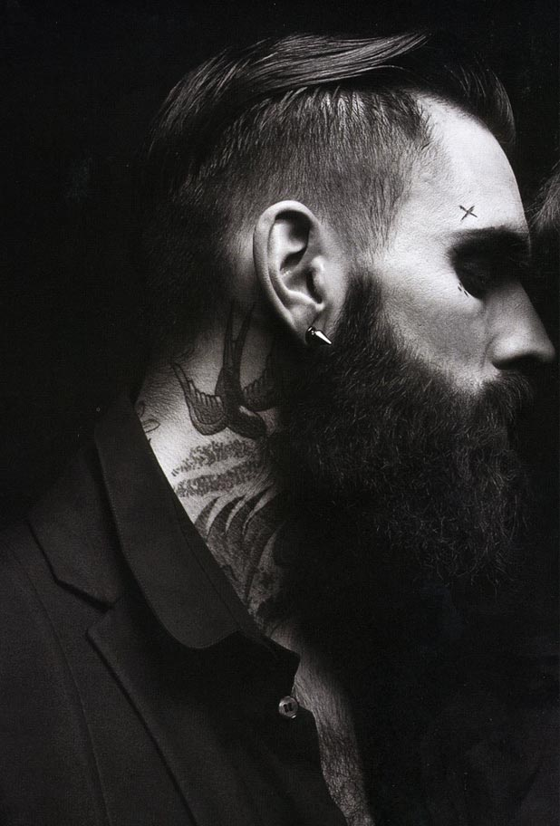 Ricki Hall Black & White