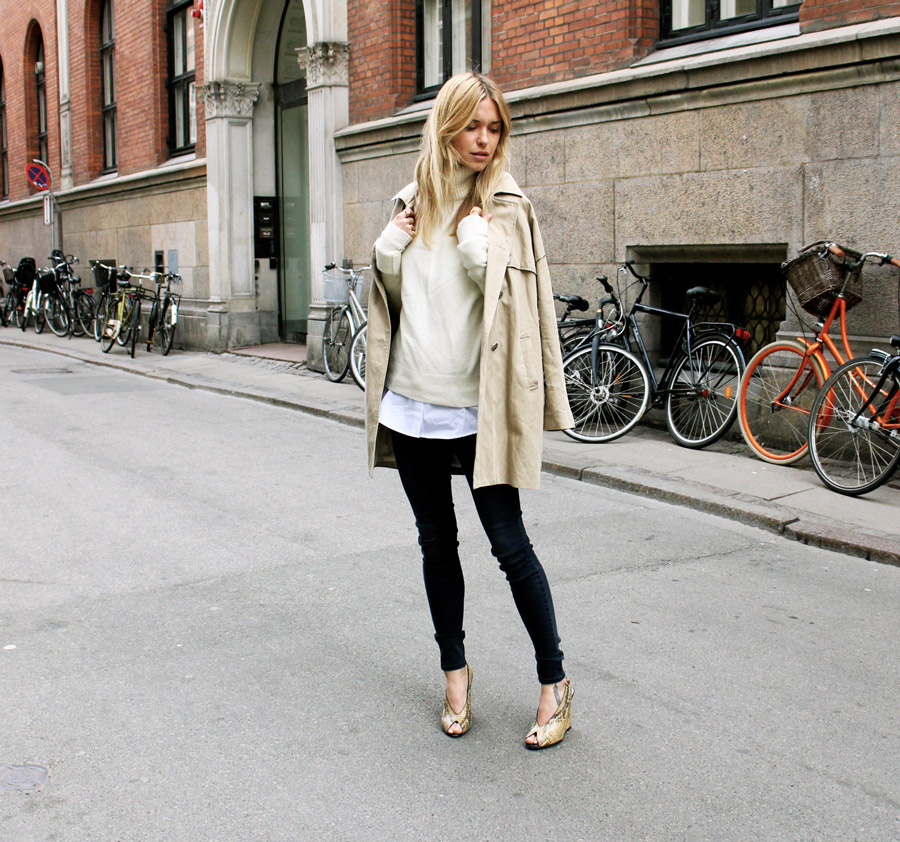 Look De Pernille Wearing Coat From Heartmade, Top From &OtherStories, Shirt From RIKA Jeans, From JBrand And Wedges From Céline