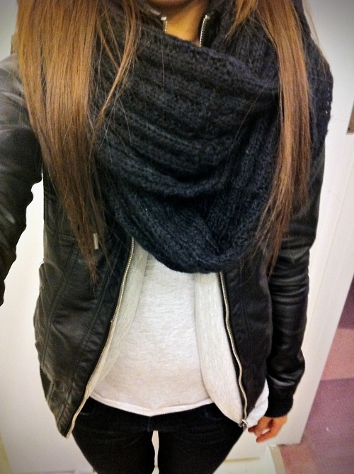 Chunky Scarf And Leather Jacket Unknown Model/Photographer