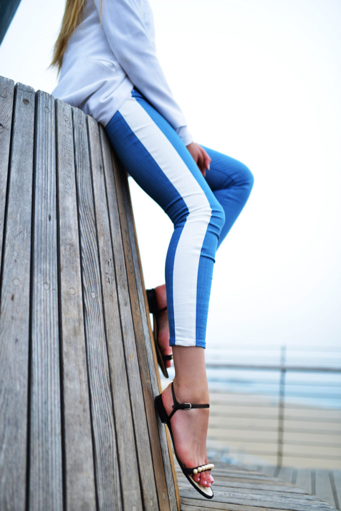 Kayture Wearing Skinny Jeans With White Strip From 7 For All Mankind