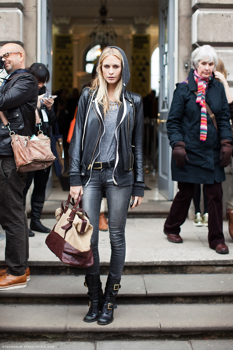 Poppy Delvigne Perfect Street Style Out Via Stockholm Street Style