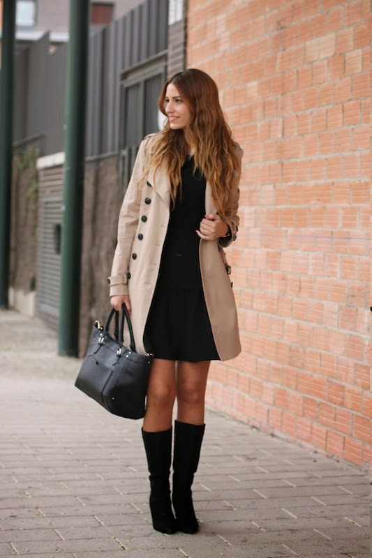 Lady Framboise In Trench Coat And Bag From Mango Dress From Mint & Berry