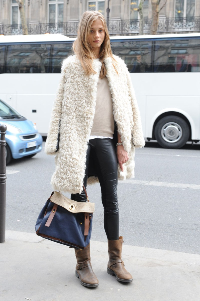 Model Off Duty Street Style Anna Selezneva Leather Leggings And Coat