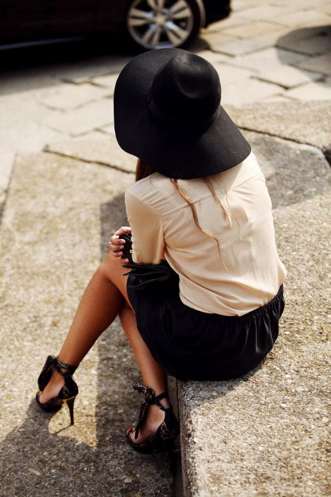 Hat Streetstyle From Madrid Fashion Week, Photography By Coke Bartrina Via Vogue Espana