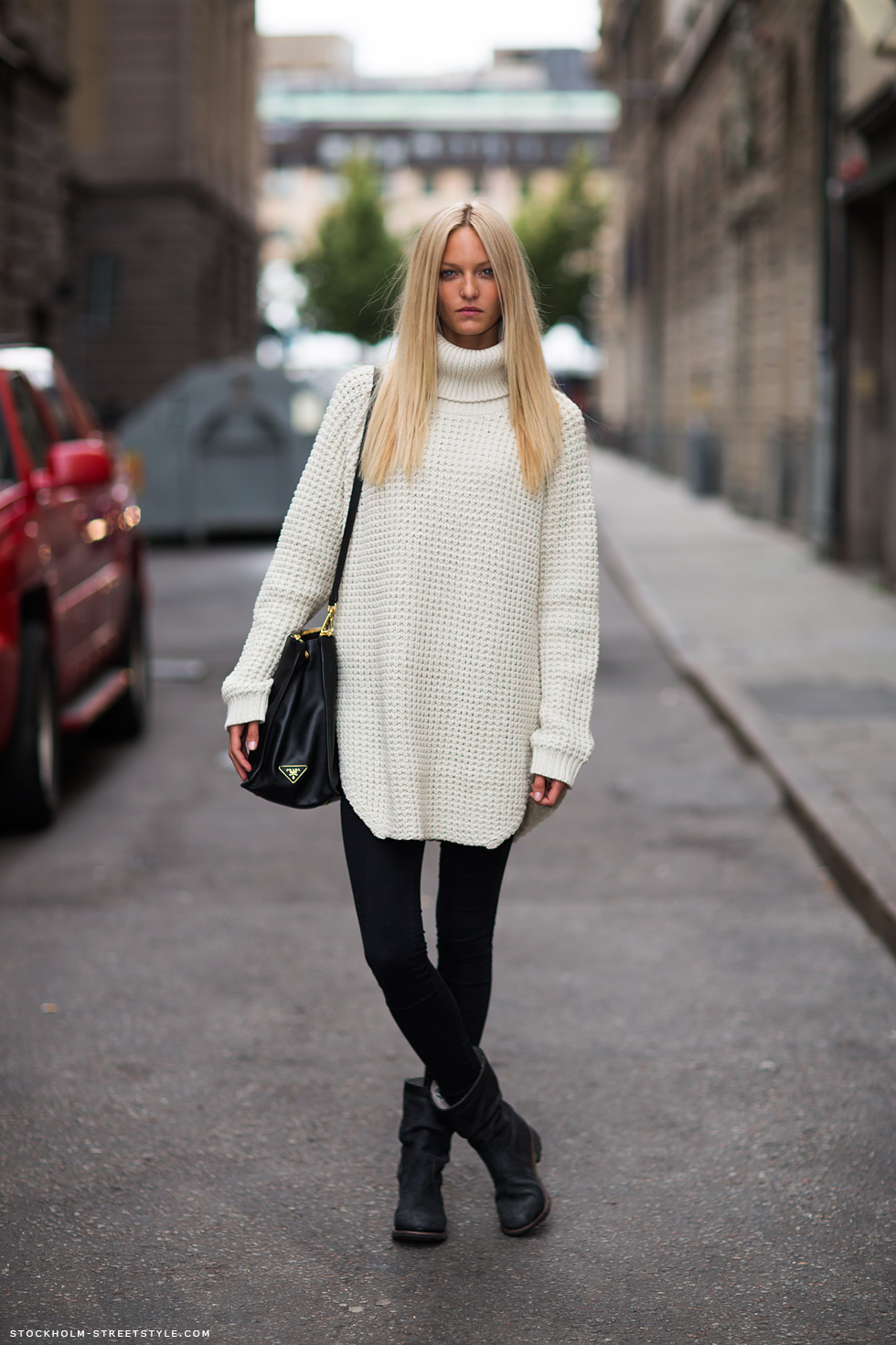 Love The Turtleneck Via Stockholm Street Style