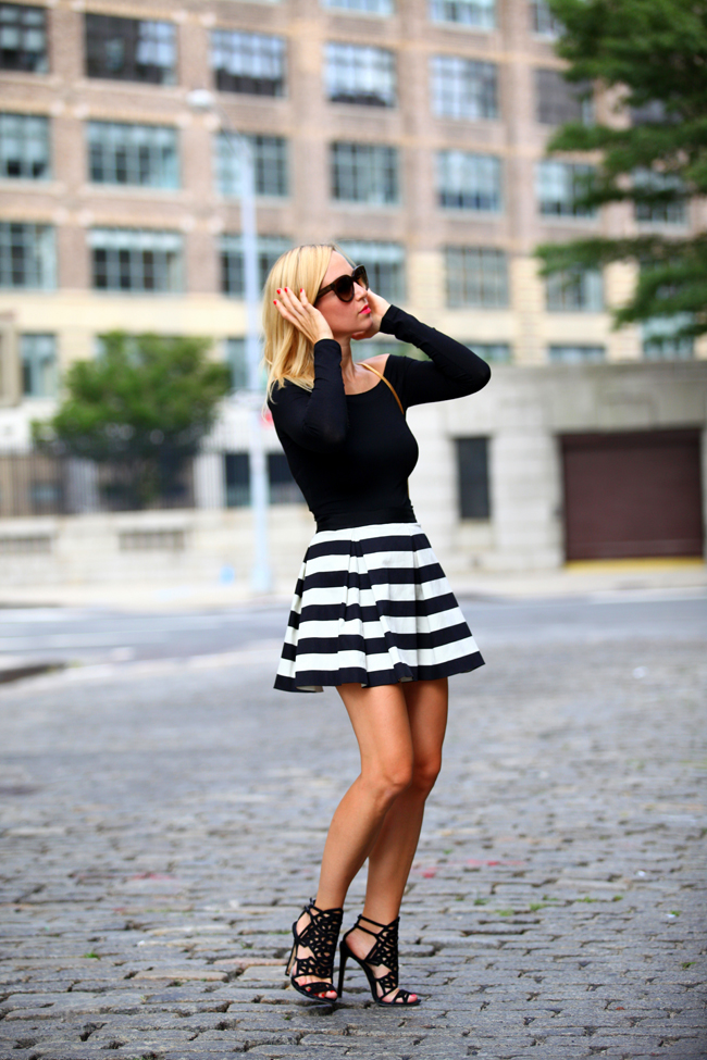 The Brooklyn Blonde Goes With Street Style Striped Skirt