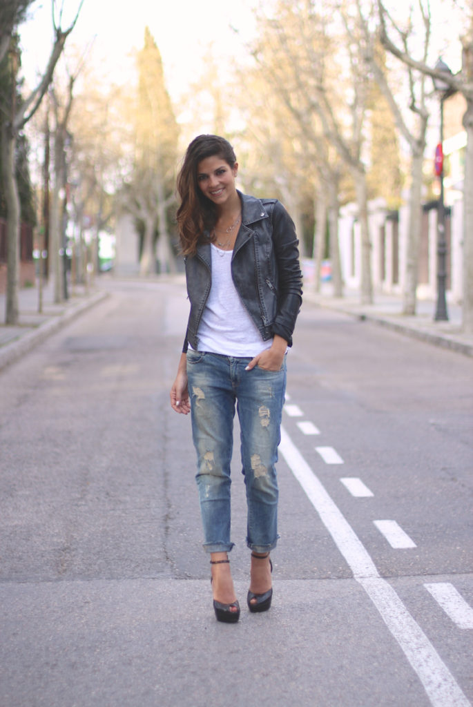 Trendy Taste Is Wearing Jacket From Noisy May, Shirt And Distressed Jeans From Zara
