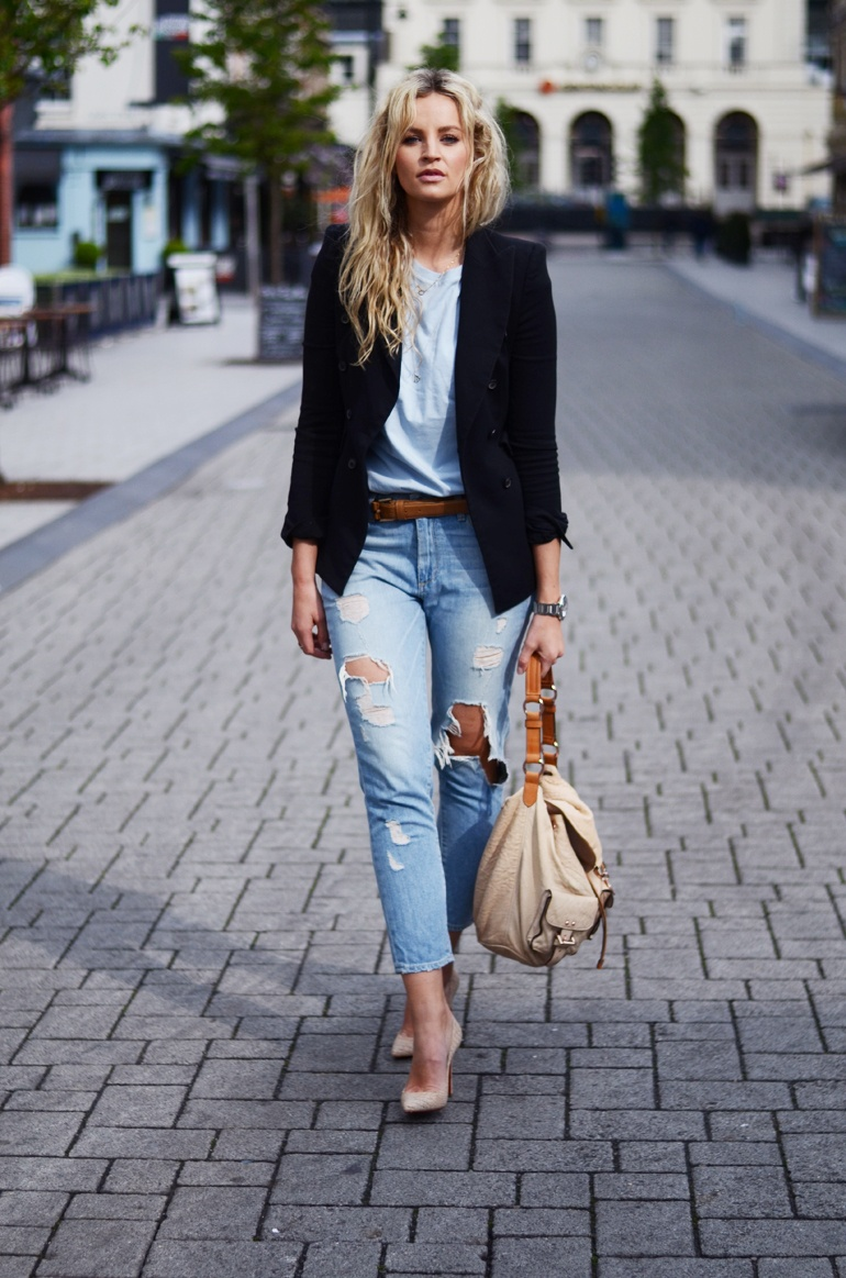 Anouk Yve Is Wearing Blazer And Belt From Zara, Boyfriend Tee From ASOS, Ripped Jeans From Paige Denim, bag From Mulberry, And The Nude Shoes Are From Christian Louboutin