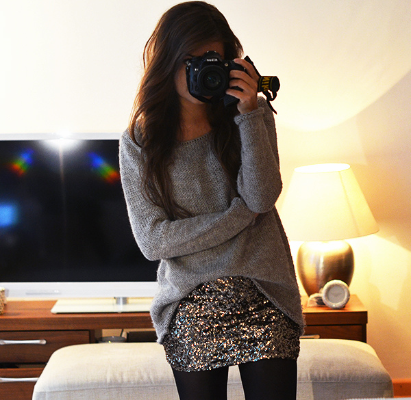 Mariannan Is Wearing An Oversized Sweater From Zara And A sequin Skirt From Vero Moda