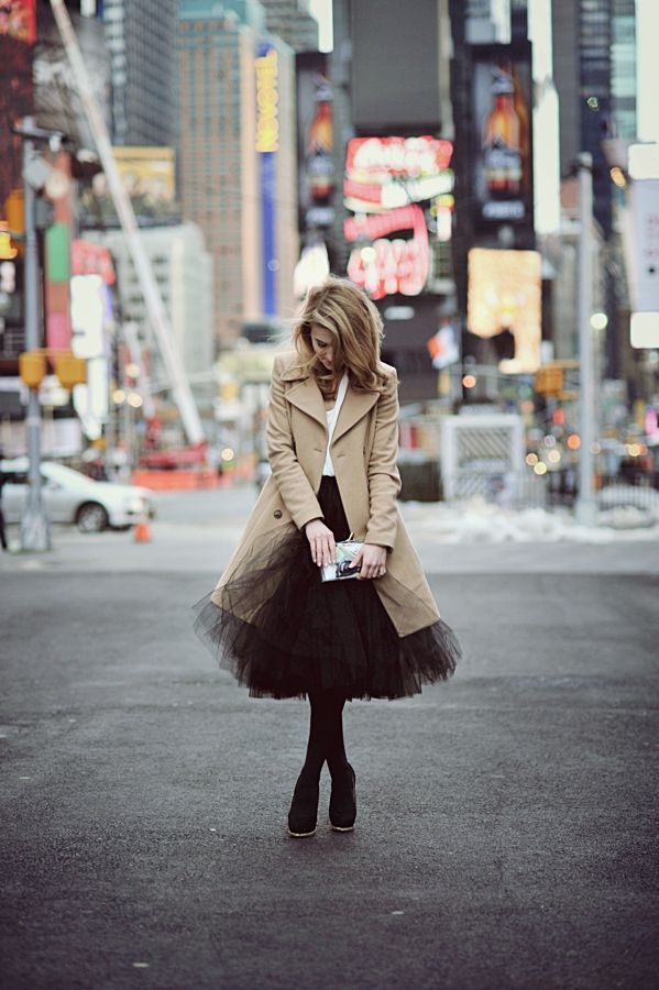 Make Life Easier Wearing Coat From Sisley, Top From Taranko, Tulle Skirt From Trendsetterka, Shoes From Zara