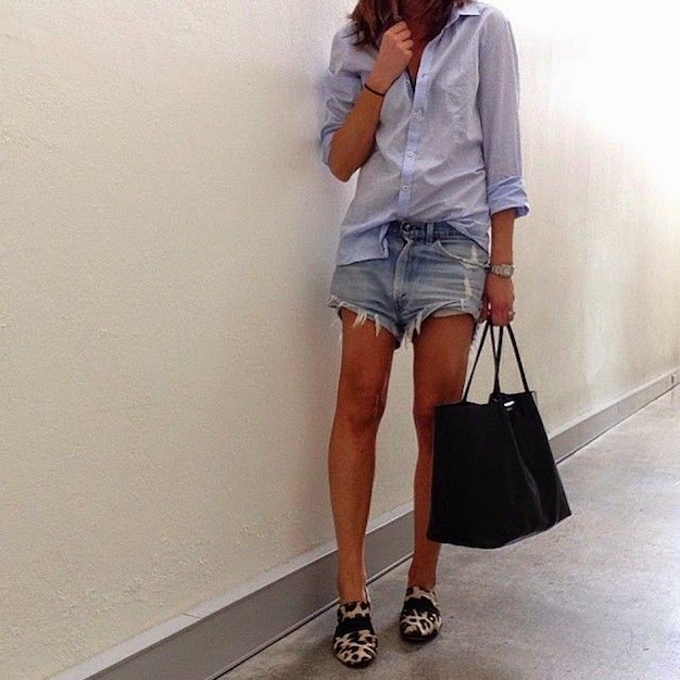 Boyfriend shirt and denim shorts via Paulien