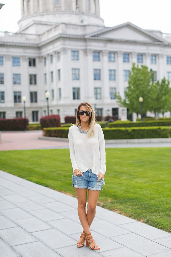 Megan From Styled Avenue Is Wearing An Off-White Eyelet Sweater From Oneill, Denim Shorts From Rag & Bone And Shoes From Zara
