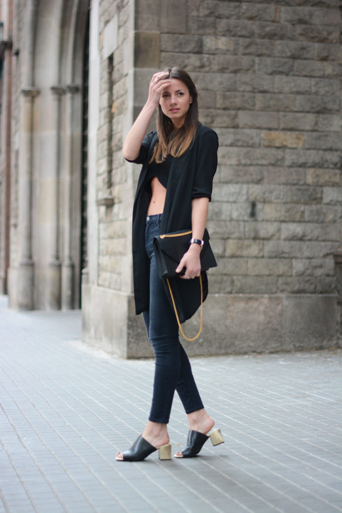 Zina Charkopoliac Is Wearing Mules And Crop Top From Zara, The Bag Is From Saint Laurent, Jeans From J. Brand, And The Blazer Is From Gina Tricot