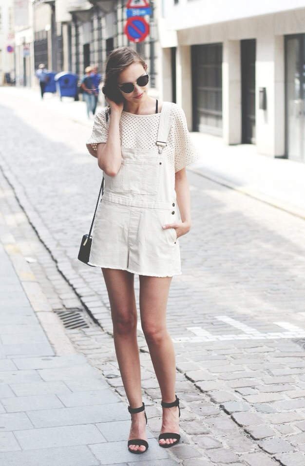 Paulien Is Wearing Off-White Top And Denim Overalls From Ganni, Shoes From Zara, Bag From H&M and Oasap Sunglasses