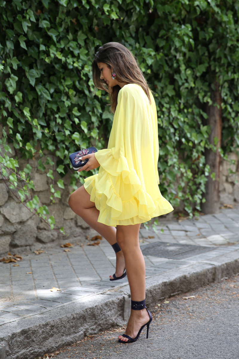 Natalia Cabezas Is Wearing A Yellow Dress From Coosy, Shoes From Mas34 And Clutch From Zara