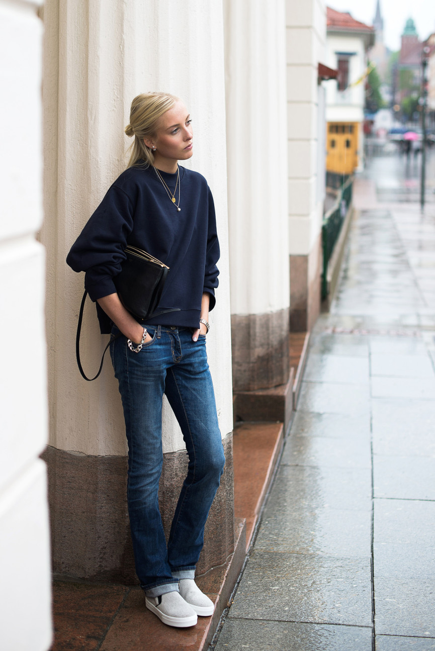 Ellen Claesson Is Wearing A Dark Blue Sweater From Acne, The Jeans Are From Crocker And Bag And Shoes Are From Céline